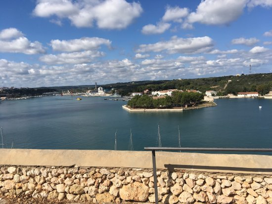 Mahon Port: photo4.jpg
