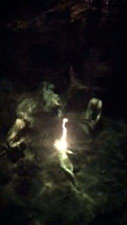Grotta dello Smeraldo (Emerald Grotto): 底まで見える!?