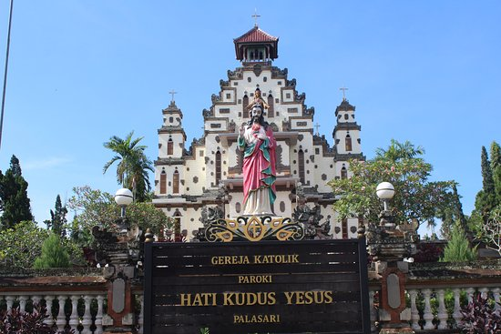 Negara, Indonesien: from front of the church