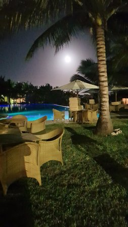 Swahili Beach Resort: Abendstimmung bei Vollmond