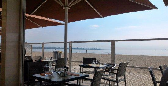 Fos-Sur-Mer, Francia: Le pili pili y su vista al mar