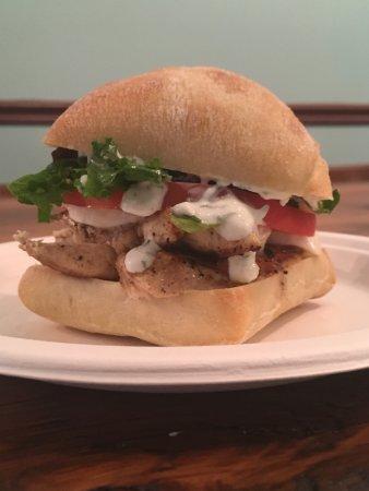 การ์เทจ, นอร์ทแคโรไลนา: Chicken Mozzarella Sandwich