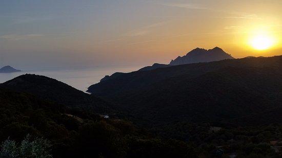 Partinello, فرنسا: Vue sur mer au coucher de soleil