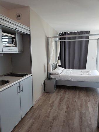 Carry-le-Rouet, ฝรั่งเศส: chambre +cuisine
