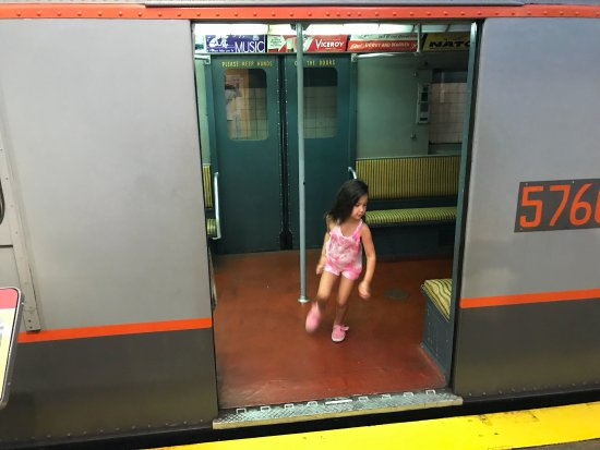 New York Transit Museum : My grand daughter loved it!