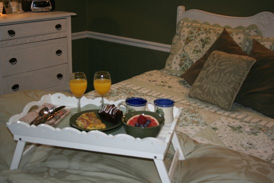 Martha S Vineyard Bed And Breakfast South Haven Michigan