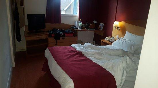 Days Hotel London- Waterloo: colchon un poco blando para mi gusto pero se duerme de maravilla