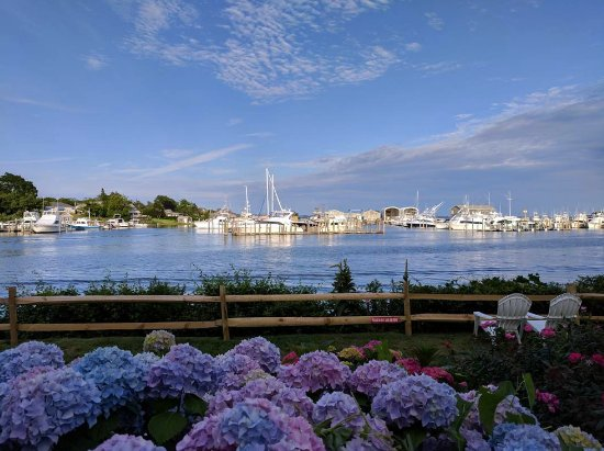 Hampton Bays, NY: Summertime views...