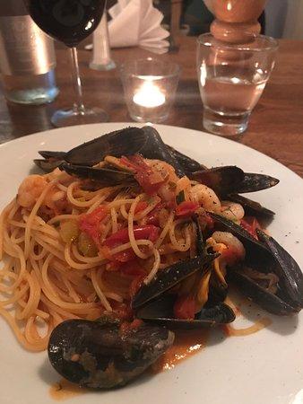 """La Locanda: """"Spaghetti allo scoglio"""""""