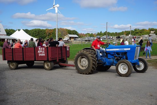Phillipston, MA: hay ride