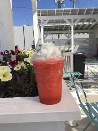 Talbott, TN: Raspberry Smoothies are awesome!