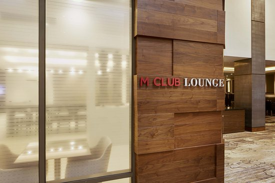 Windsor, CT: MClub Lounge