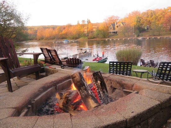 McHenry, MD: Spectacular fall foliage late afternoon from the firepit and patio.