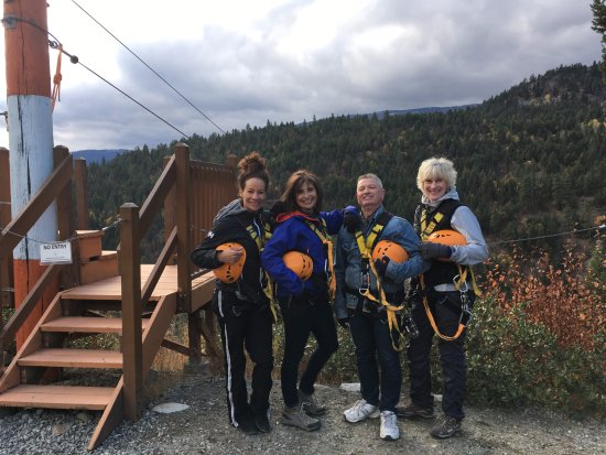 ZipZone Peachland : We made it! All 6 lines completed!