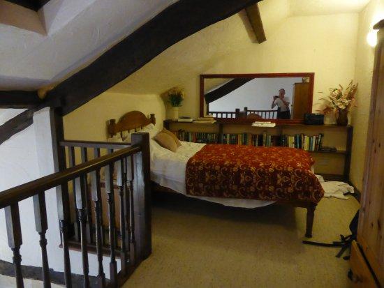 Simonsbath, UK: the mezzanine floor single bedroom