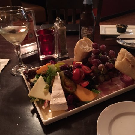 Inn at Jim Thorpe: CHEESE PLATTER TO DIE FOR!!!!