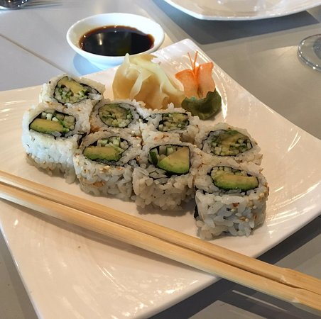 Short Hills, NJ: Custom vegan sushi, totally delicious!