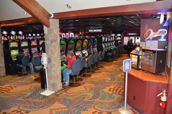 Fife, WA: Hundreds of fun slot games to play!