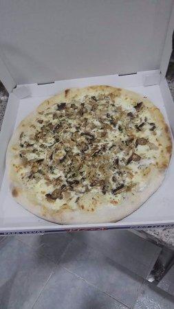 Armilla, Spain: Así luce nuestra pizza Kebab ¡¡ Todo un manjar !!