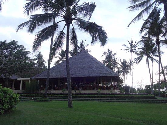 Manggis, Indonesia: Restaurant en bord de plage
