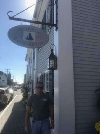 Stonington, CT: Entrance to the Inn