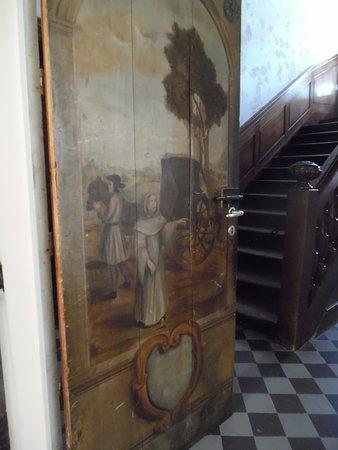 Abbaye de Val-Dieu : painted door