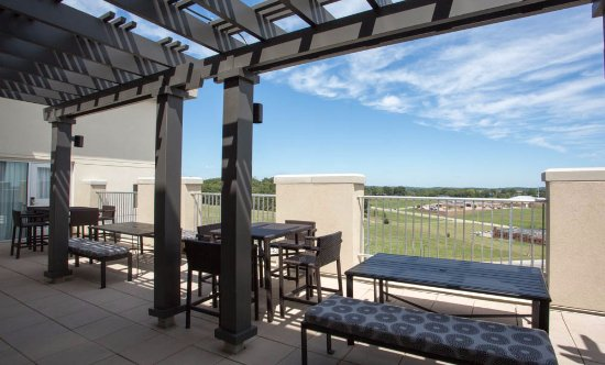 Cape Girardeau, MO: Roof-deck view
