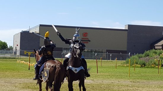The Military Museums: Demonstrating combat on horseback