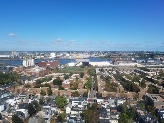 Bunker Hill : one of the 4 views.