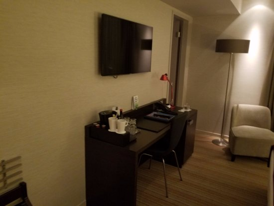 Marc München : Room 312
