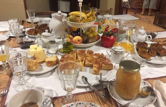 Tamajón, España: Un desayuno muy completo