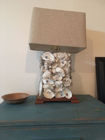 Port Haywood, VA: This lamp totally fits into the overall decor of the suite -no detail overlooked