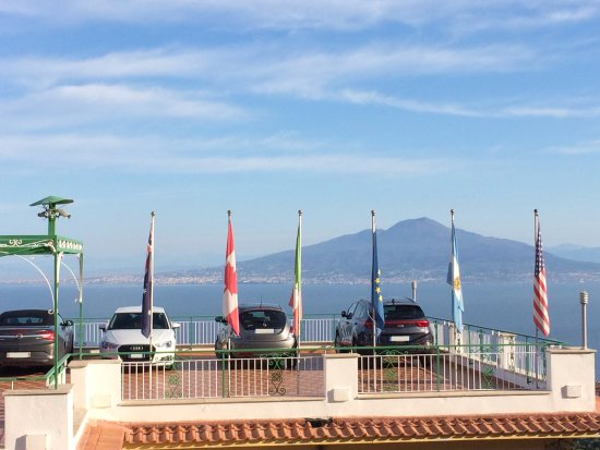 Il Nido Hotel Sorrento: Even our rental car had a great view from this hotel (parking is on the roof of the hotel)
