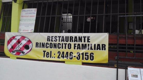 Rinconcito Familiar Restaurante: restaurante de comida tipica costarricense tambien el restaurante cuenta con una libreria gratui