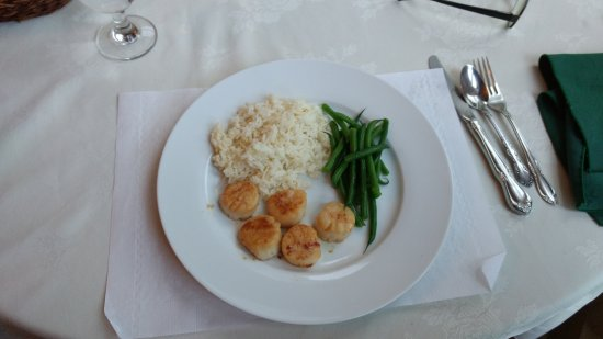 ‪‪St. Martins Country Inn‬: Seared Bay of Fundy scallops‬