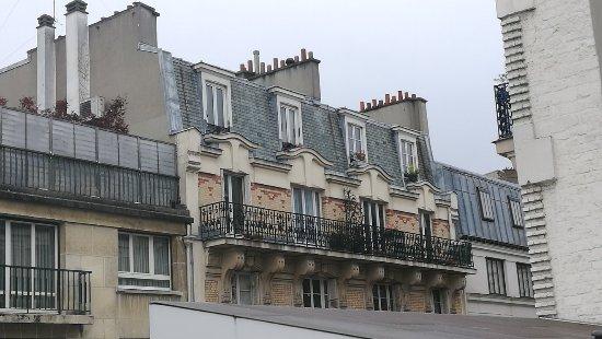 Comfort Hotel Lamarck Paris France