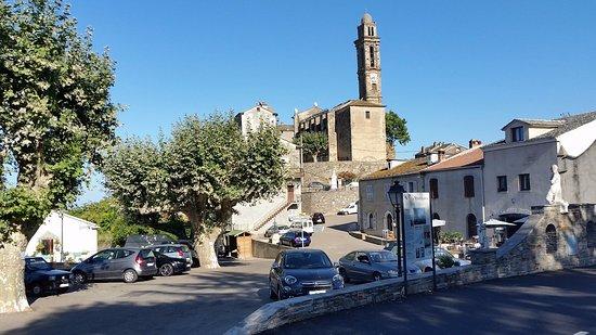 Venzolasca, France: Village