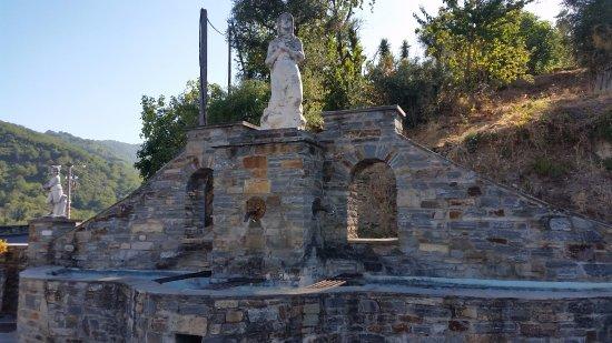 Venzolasca, فرنسا: Fontaine