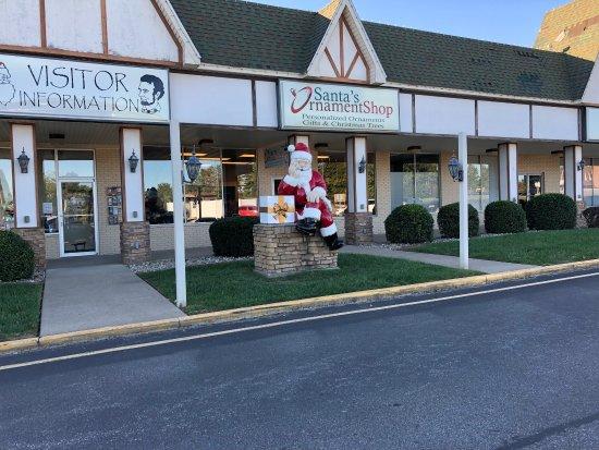 Santa Claus Christmas Store : photo1.jpg