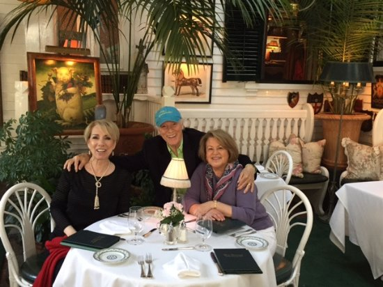 The Terrace at The Charlotte Inn: Louise and SQuire Rushnell with Gail Foerester