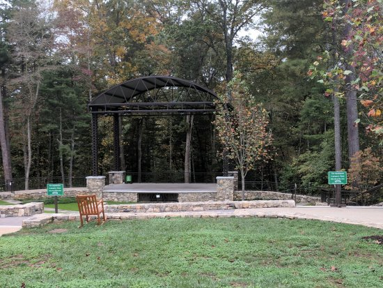 Mills River, NC: Amphitheater