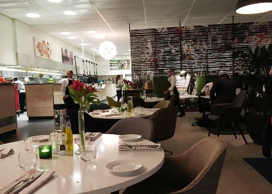 Kista, Swedia: Restaurant off lobby