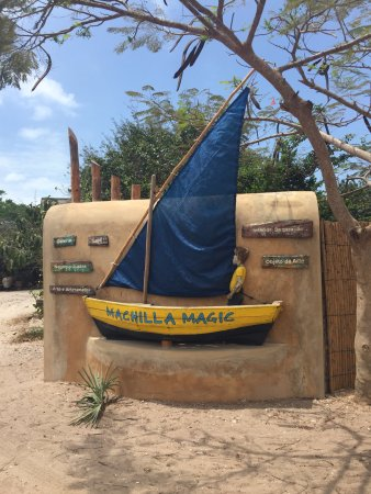 Vilanculos, Mozambik: The road signage