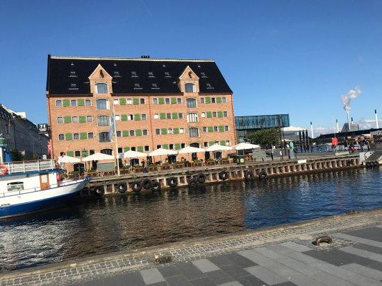Nyhavn: photo2.jpg