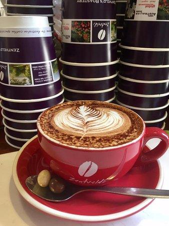 Tenterfield, Australië: Coffee by Zentvelds