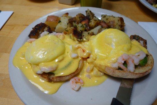 Toasties Cafe: shrimp avocado eggs Benedict
