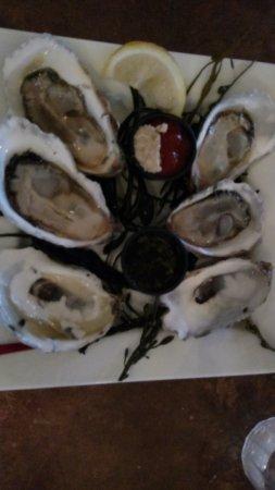 Mac's Shack: Wellfleet Oysters