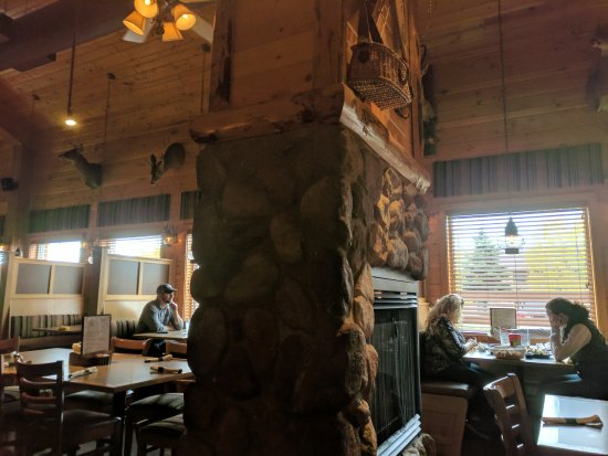 Mackinaw's Grill & Spirits : Large dining room with fireplaces and taxidermy