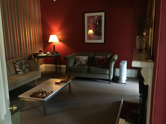 Clydesdale Manor: Common lounge