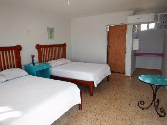 Lobby y alberca, area para desayunar, descansar, relajarse - Picture of Blue Coconut Cancún Hotel, Cancun - Tripadvisor